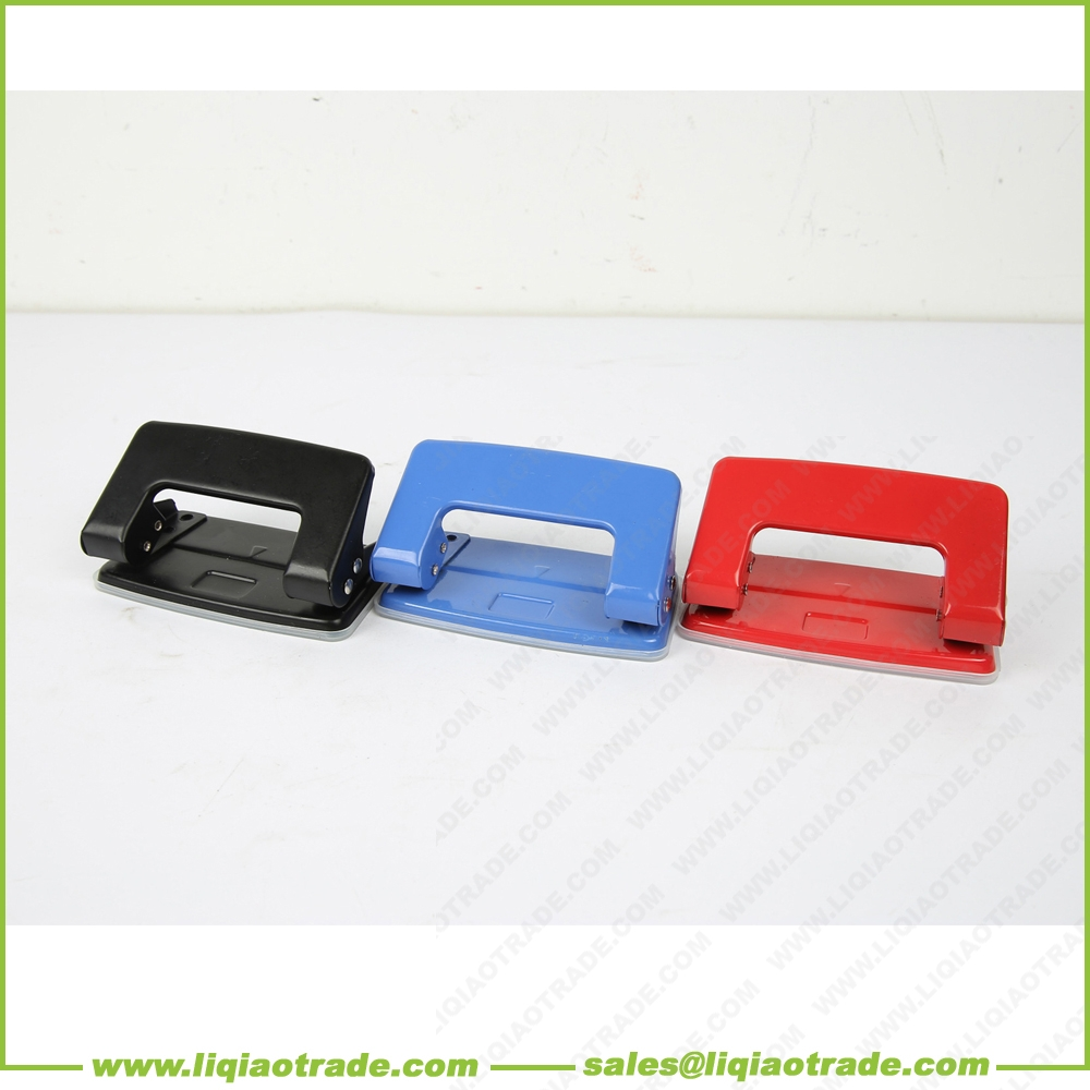 Double hole iron hole puncher